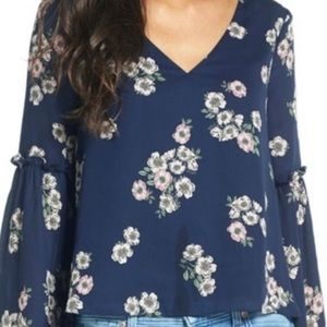 Cupcakes and Cashmere Floral Flowy Top NWT!!